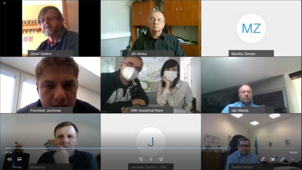 Dubnová rada zasedala videokonferenčně